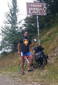 Damiano Cassese:  On the Sambuca mountain pass, in a cycling tour from Ravenna to La spezia. Should we call the bike Bechimo ? Cycling like a delm!