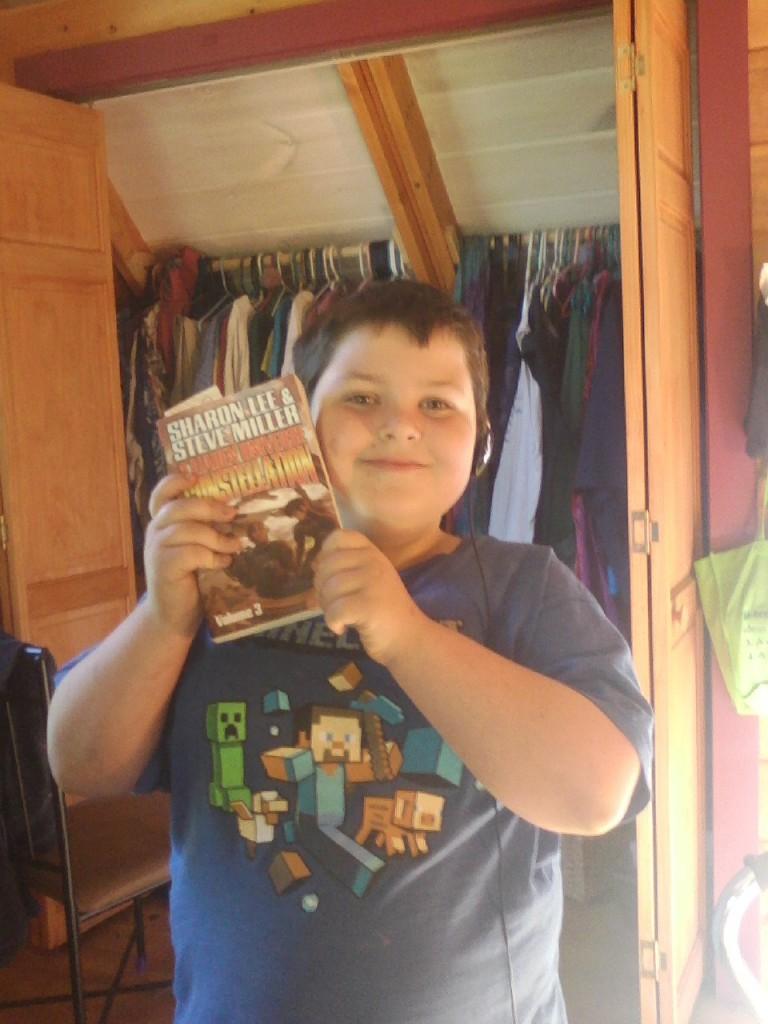 Robert Kerman: Wearing his Minecraft shirt like a delm.